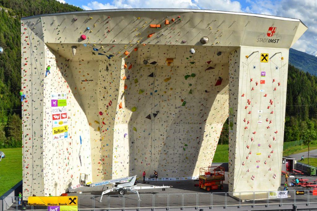 alpin club carpatic la imst si alte competitii de escalada
